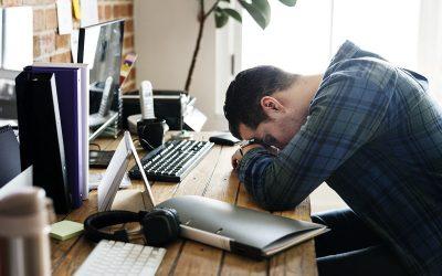 مدیران شبکه های اجتماعی چگونه میتوانند از خستگی بیش از حد جلوگیری کنند؟